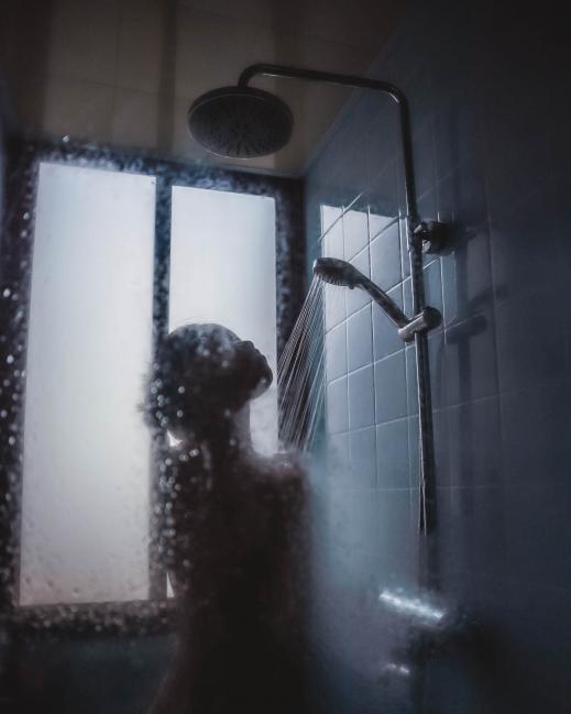 Beneficios de ducharte con agua caliente